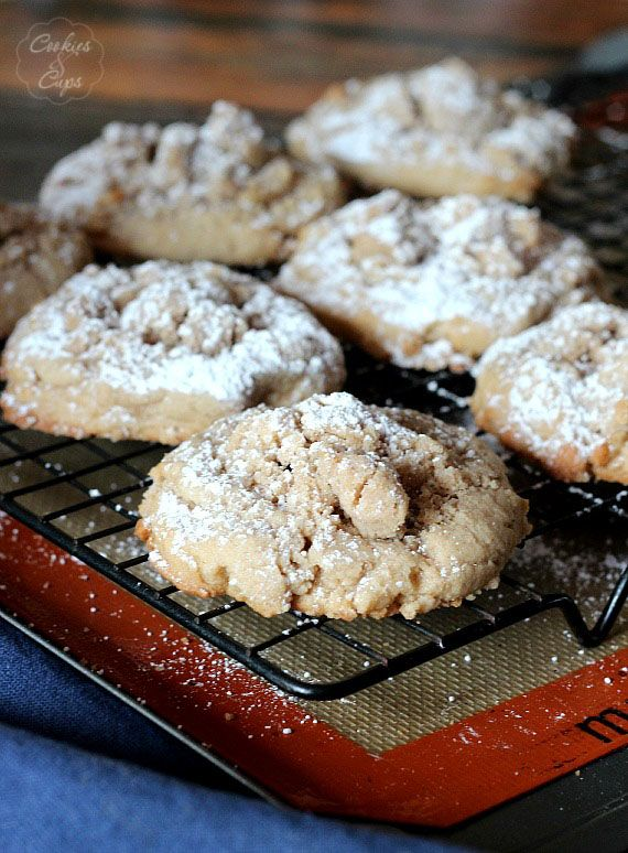 Coffee Cake Cookies! Yummy.. love the topping on coffee cake, so why not put it on cookies?!  | Cookies and Cups