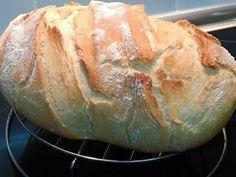 Pan casero 500 gr de harina 18 gr de sal 4 cucharadas de aceite de oliva 7 gr de levadura liofilizada de panadero o ( 25 gr levadura fresca de panadero ) 2 c...