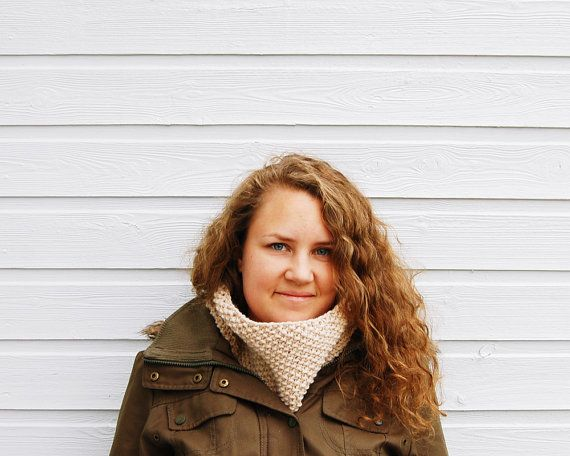This warm cowl is knitted with a soft wool and alpaca blend that feels great wrapped around your neck!