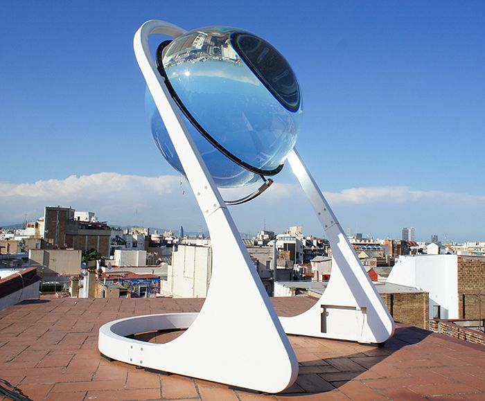 Crystal Ball Solar Concentrator Sees Bright Future In