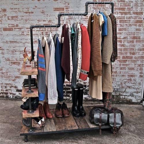 Трех-уровневая вешалка для одежды из водопроводный труб