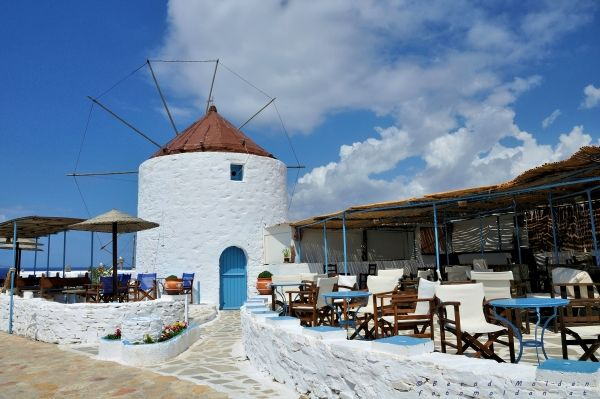 Cafe at the windmill