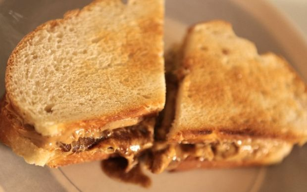 Banana Split Sandwich Recipe by Siba Mtongana