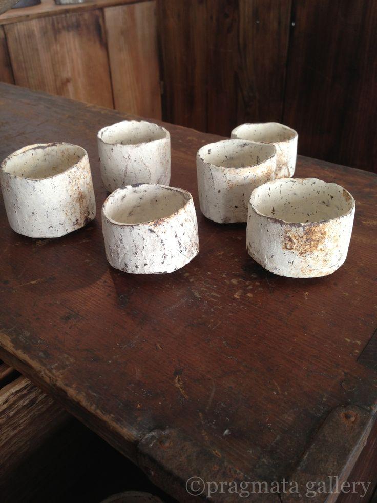 Small cups by Nikaido Akihiro.
