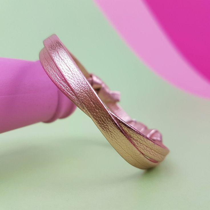 Bracelet cuir or rose femme bracelet 2 tours cadeau demoiselle d'honneur bracelet bohème chic bracelet cuir femme bracelet boho chic http://etsy.me/2GJufFm #bijoux #bracelet #anniversaire #femmes #cuir #or #wrapbracelet #bohobracelet #bestfriendgift #friendshipbracelet