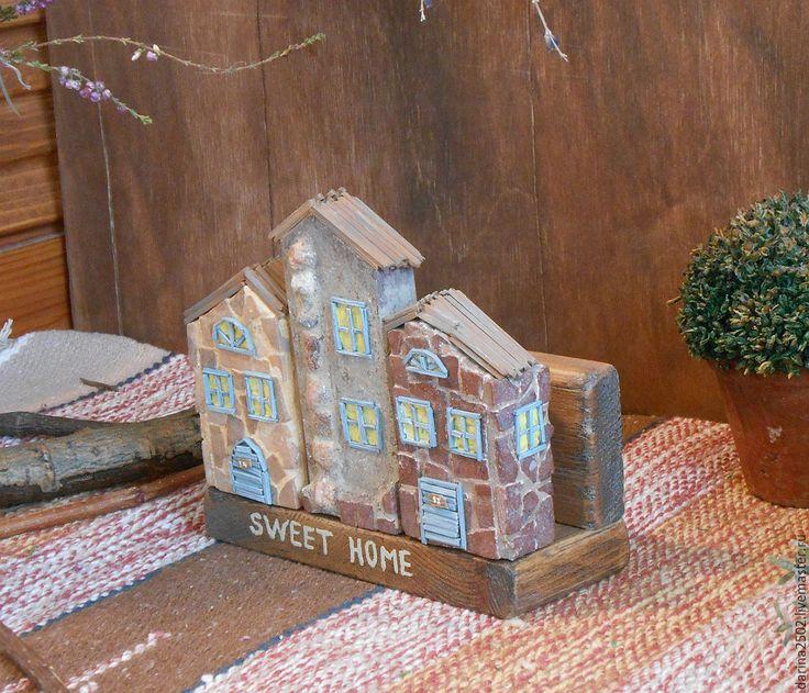 """Купить Деревянная подставка для салфеток с домиками """"Улочки Прованса"""" - бежевый, подставка для кухни, подставка для салфеток"""