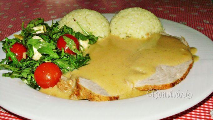 Pikantná bravčová pečienka • recept • bonvivani.sk
