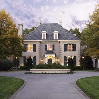 16 best images about home facade on pinterest montana for Country home exteriors