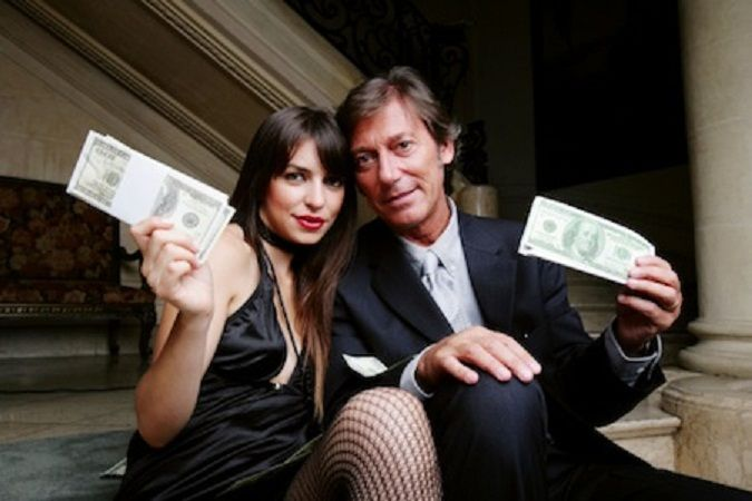 Sugar Baby: How To Succeed At Sugar Daddy Dating: What if you knew the trick to being successful with Sugar Daddies and getting what you want out of the #relationship?  #sugardaddy #adult #dating #SugarBabies