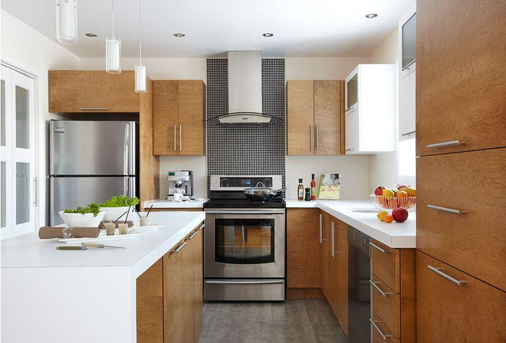 17 meilleures id es propos de armoires en merisier sur for Relooker armoire cuisine