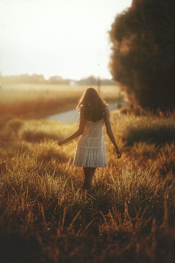 Breathtaking Outdoor Portraits by TJ Drysdale