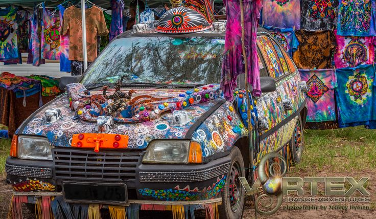 Car Art Installation, creative, handmade, build your own, at Vortex OpenSource 2015
