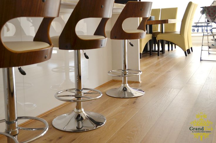 Grand Oak Timber Flooring: Uluru Oak Life Style