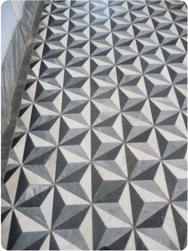 1000 images about carreaux ciment terrazzo parquet on pinterest floor - Carreaux ciment patchwork ...