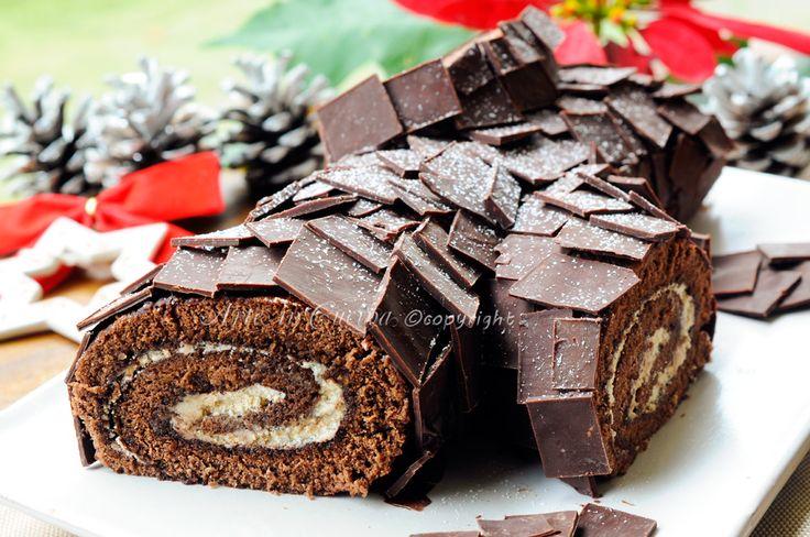 Tronchetto di natale al tiramisu, nutella, buche de noel, dolce tipico natalizio, ricetta facile, rotolo al cioccolato, mascarpone, caffe, dolce facile, copertura