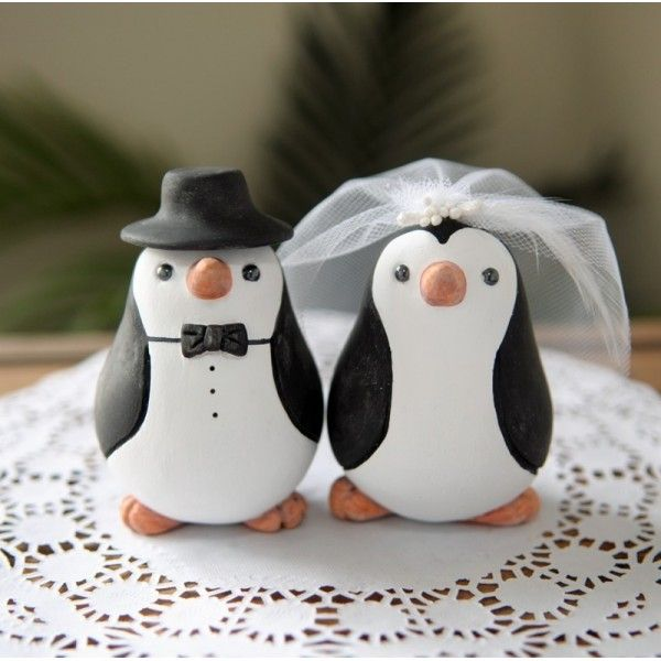 Penguins Wedding Cake Topper. This makes me think of Brando'