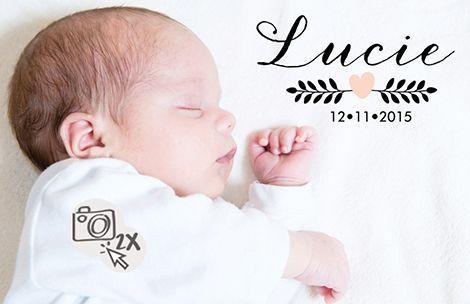 Geboortekaartje met een snoezige foto van het eigen kleine meisje.