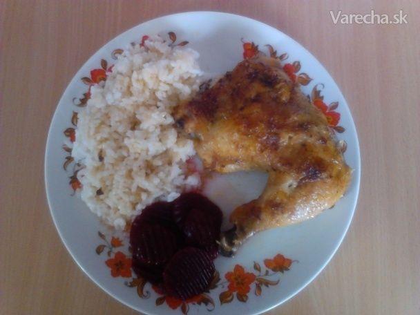 Mám rada kura a na veľa spôsobov. Ale pečené tak, ako ho robievala maminka, mám najradšej. Jednoduchá klasika:/