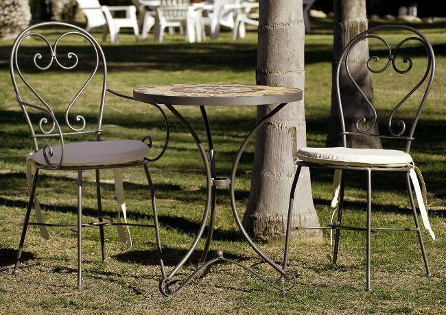 Sillas y mesa de forja Vintage. Perfecto en tu jardin. tienda online www.fustaiferro.com