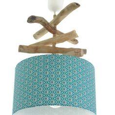 Lustre - suspension - plafonnier en bois flotté - création unique - bleu géométrique 30 cm