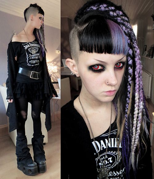psychara:  Today's outfit. Going to a punk gig toniiiiitnew sweater thing