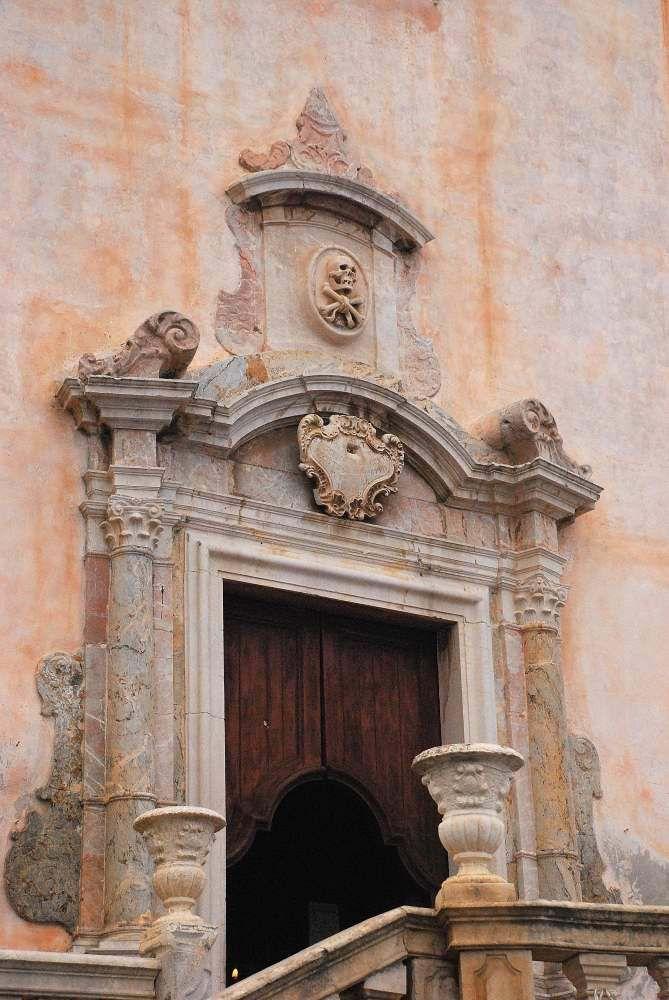 Taormina - church portal on the main square