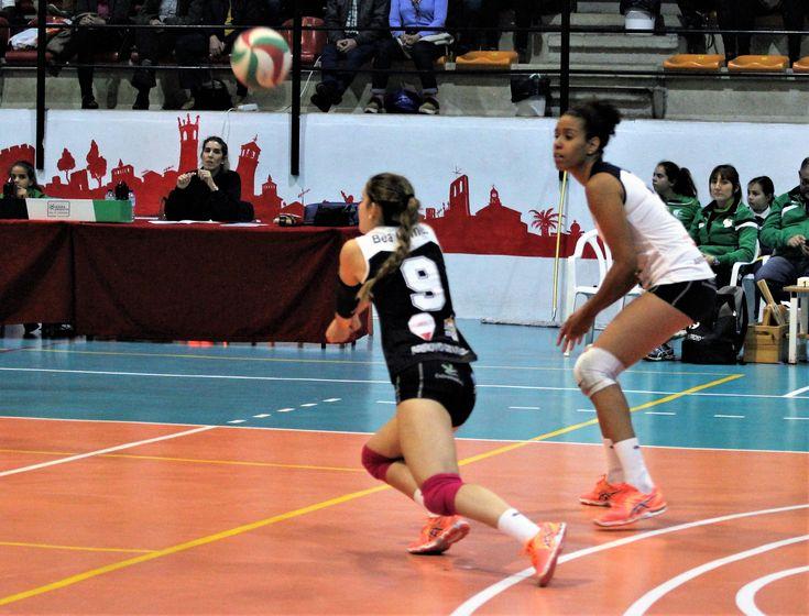 La jugadora del Extremadura Arroyo Bea Gómez ha sido designada por la Federación Española de Voleibol (RFEVB) mejor líbero de la octava jornada de Superliga 2 (S2).