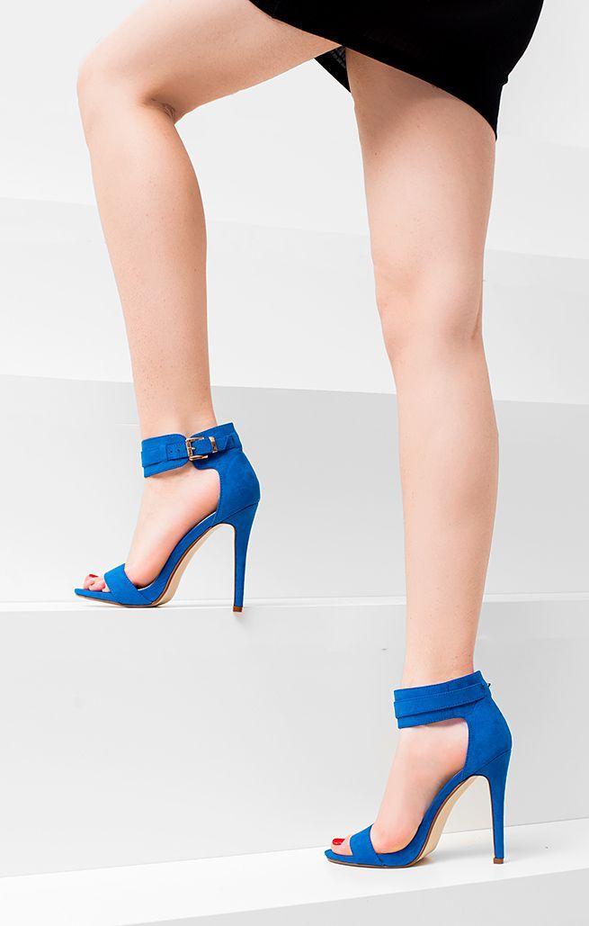 Modne sandały na letnie imprezy. Model Hollywood w atrakcyjnej cenie dostępny na www.qpony.pl! #renee #shoes #heels #blue #sandaly #szpilki