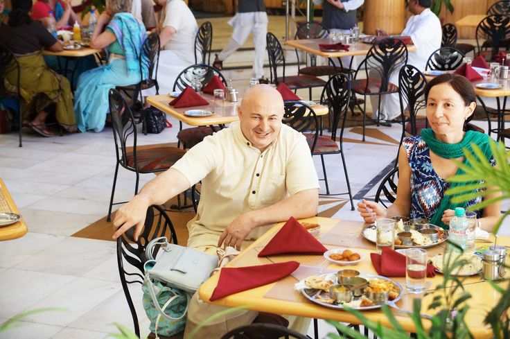 We are a casual #diningrestaurant focused on quality #SaatvicFood served in a #buffet. And we really-really do have fantastic #customers. Lets say hello to each other.  www.govindasdelhi.com