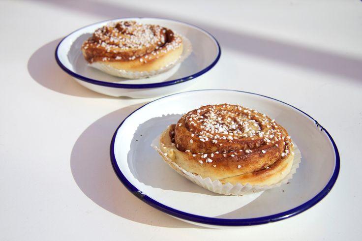 Cinnamon buns, Kanelbullar, Fika Swedish Kitchen, Fika, Cafe, Baking, Swedish Food, Scandinavian