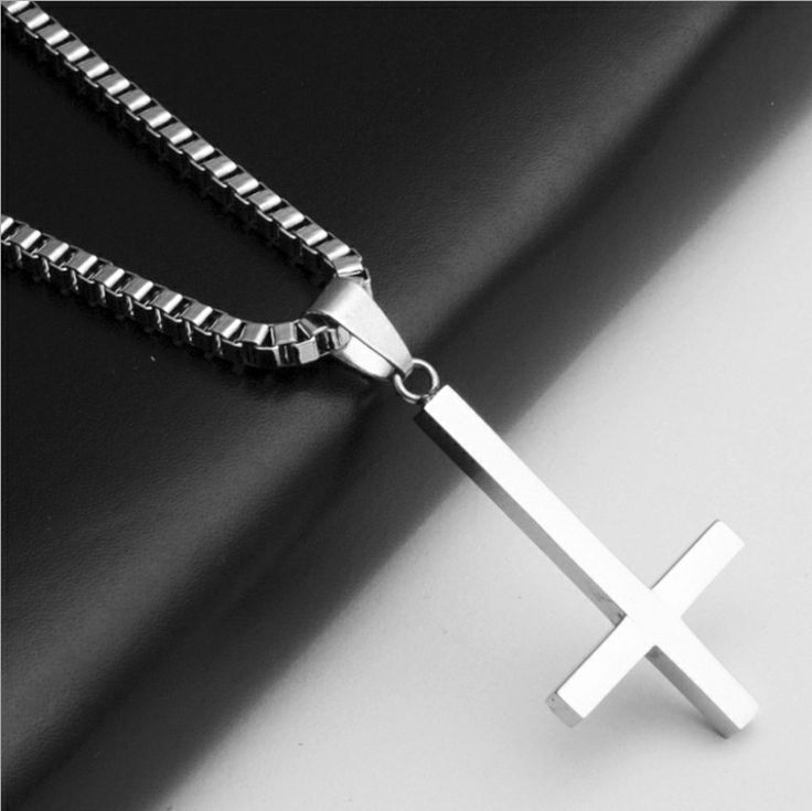 Перевернутый крест Святого Петра титановые стали кулон ожерелье Люцифера сатаны моды старинные готические панк ювелирные изделия 214,16