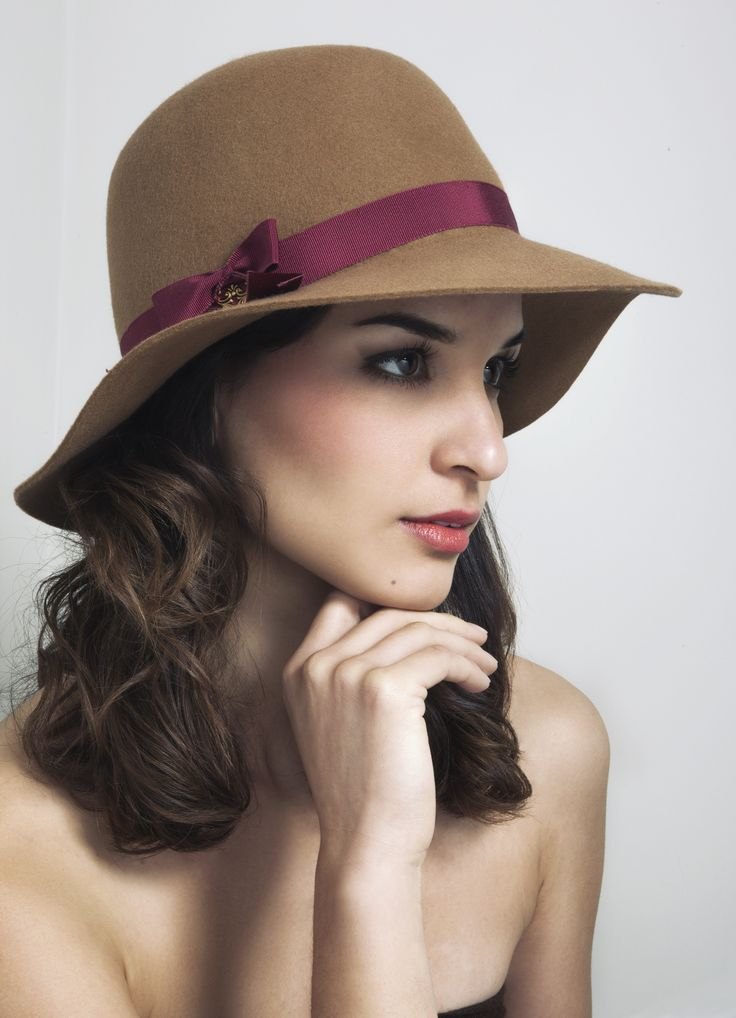 Floppy hat, camel millinery