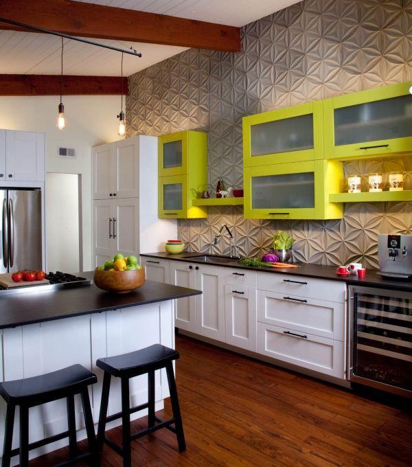 Текстурированные стены на кухне