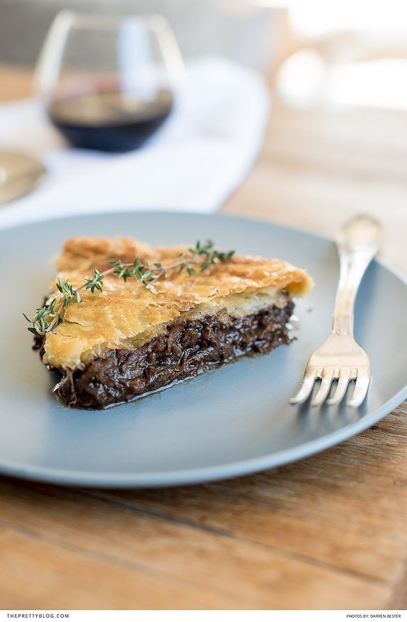 Warming Beef Pie as a Wedding Starter Meal | Photos by Darren Bester | Chef & Recipe Concepts by Martha Who?