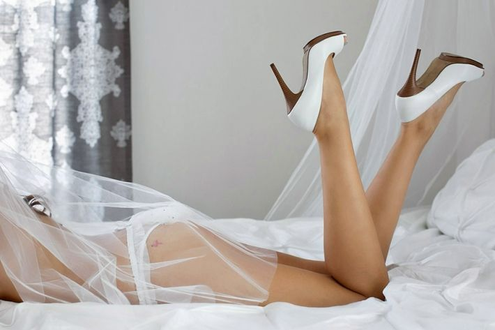 Bridal Boudoir | Carisa Chee Photography