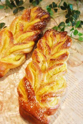 「栗きんとんあんのダブルツイストパン」ayaka | お菓子・パンのレシピや作り方【corecle*コレクル】
