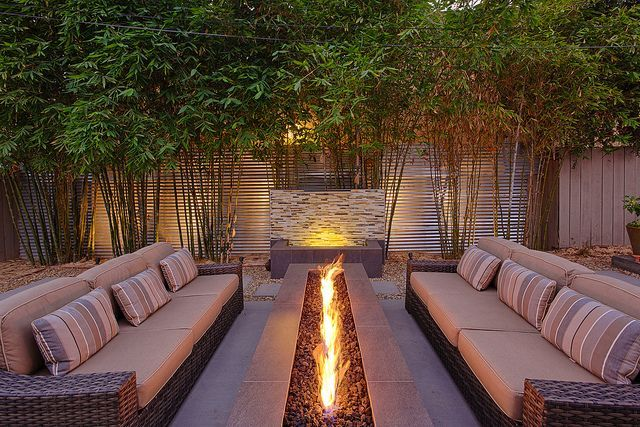 Fire pit ou lounge externo com lareira - veja modelos e dicas para aderir essa tendência! - DecorSalteado