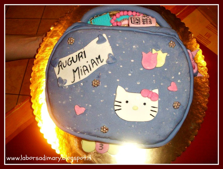 La borsa di Mary Poppins: torta borsetta hello kitty e barbie