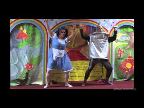 community touring pantomime. village hall touring pantomime rural pantomime – Robin Hood, Aladdin