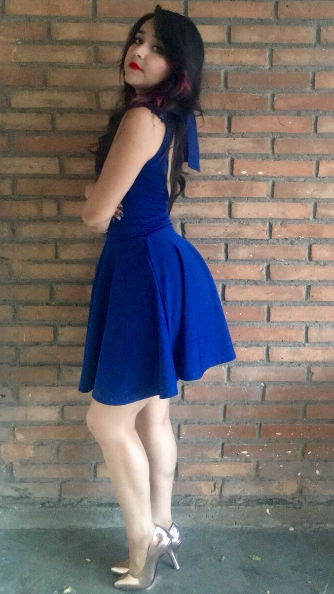 5f90a3fee9 Royal blue short dress with lace on neckline