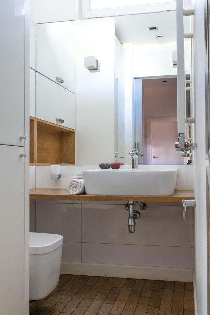 #łazience #drewno #woodin bathroom #oświetlenie #bathroom #lighting #mirror #furniture #white #floor #interiors #designe #aranżacja #projektowanie #warszawa #żoliborz