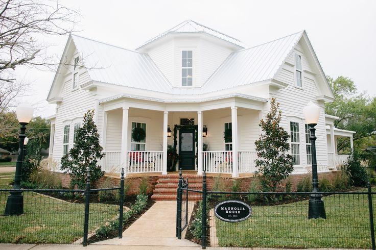Magnolia Home B&B - TX #FixerUpper #magnoliahomes