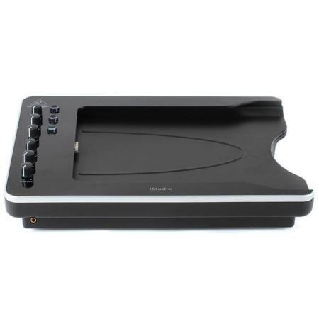Behringer iSTUDIO iS202  — 8500 руб. —  Мобильная док-станция для iPad, iPad 2 и iPad 3: превращает iPad в полноценную студию звукозаписи. Большое количество вариантов подключения устройств, включая конденсаторные микрофоны с возможностью фантомного питания. Видеовыход, MIDI-вход и выход, подключение футсвитча и педали экспрессии. Встроенный фонокорректор, возможность работы от батарей и питания iPad, монтаж практически на любую студийную стойку. iPad в комплект док-станции не входит!