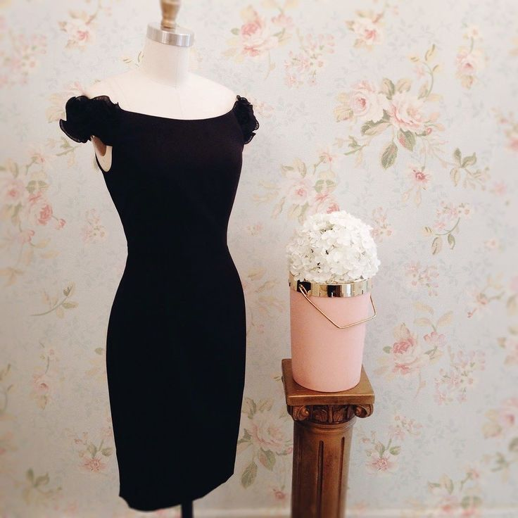 Looking for the perfect little black dress! We got you covered  Our Shamika dress and many more available on www.1861.ca #boutique1861 #littleeblackdress #cocktaildress #blackdress #vintageinspired #lookbook #montreal