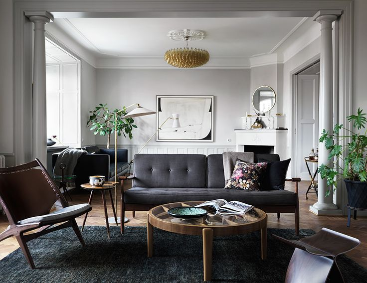 "Styling: Joanna Lavén Foto: Marcus Lawett<div class=\""found-in\"">Syns i: <a href=\""http://www.elledecoration.se/sa-fick-den-forsummade-sekelskifteslagenheten-nytt-liv/\"">Perfektion i vackra sekelskiftesvåningen </a></div>"