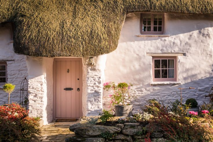Enchanting luxury thatched holiday Cottage St Agnes