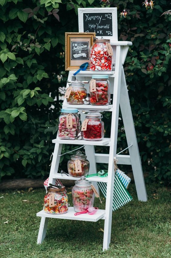 Top 20 Vintage Wooden Ladder Wedding Decor Ideas