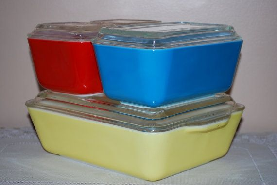 Vintage Pyrex > Modern Pyrex: Primary Colors, Colors Refrig, Vintage Fridgi, Complete Sets, Fridge Dishes, Pyrex Fridge, Pyrex Primary, Vintage Complete, Dishes Sets