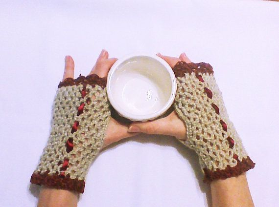 Hey, I found this really awesome Etsy listing at https://www.etsy.com/listing/178560554/ivory-crochet-gloves-fingerless-gloves