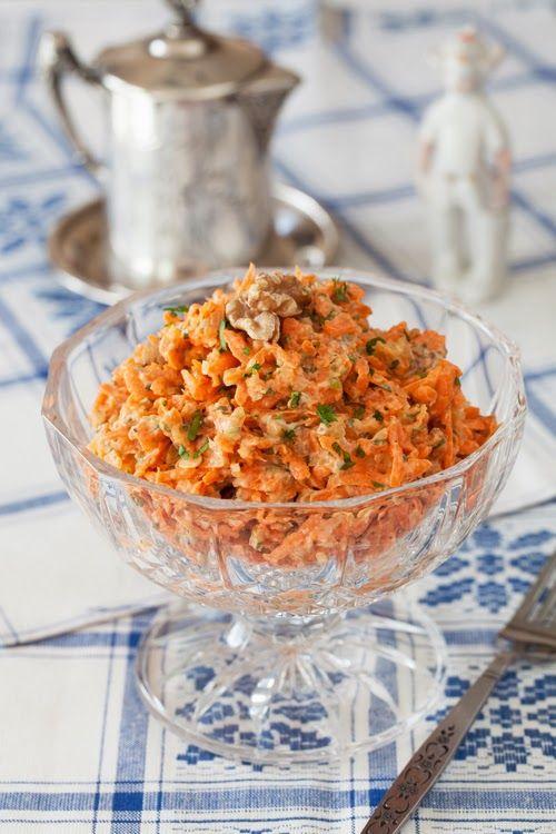 Carrot Salad with Walnuts & Garlic #russian_food, #carrots, #salad, #healthy, #garlic, #walnuts